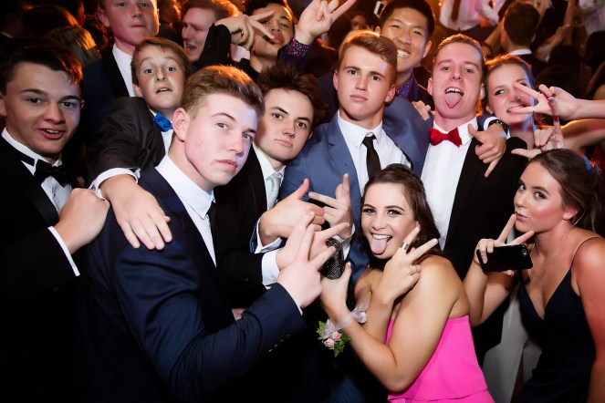 white-door-auckland-school-ball-photographer-043